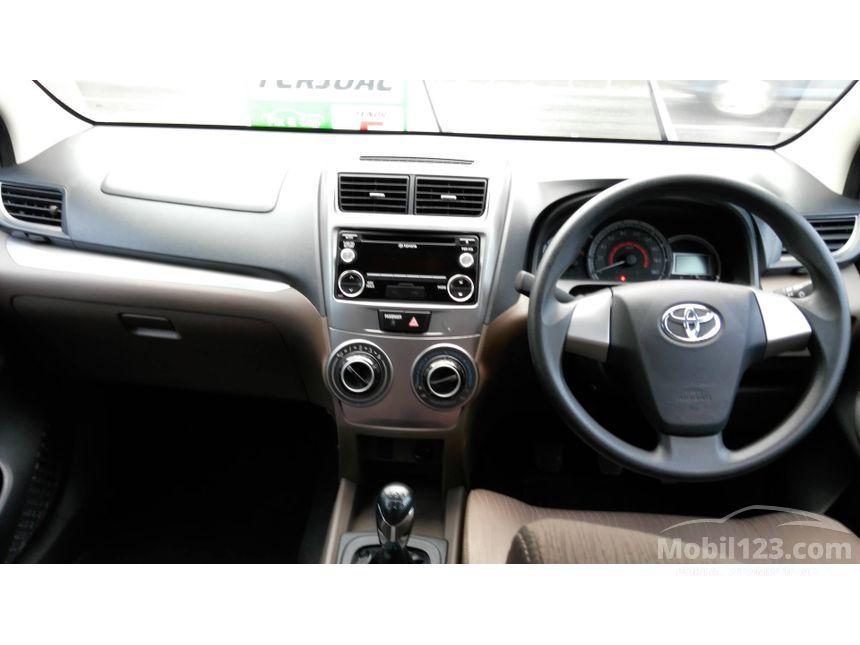 2015 Toyota Avanza E MPV