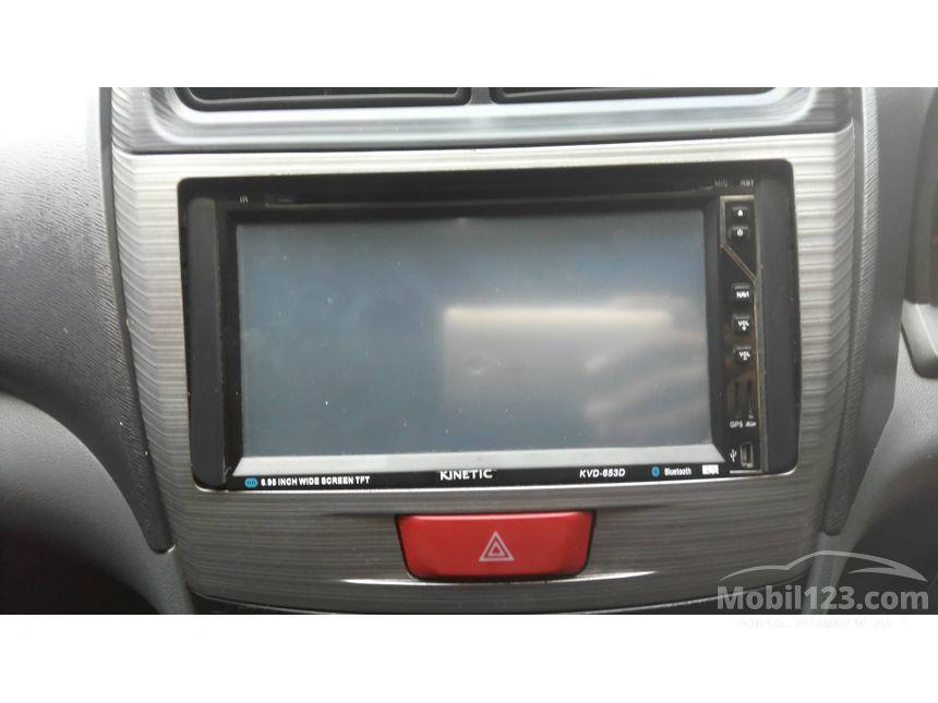 2012 Toyota Avanza Veloz MPV