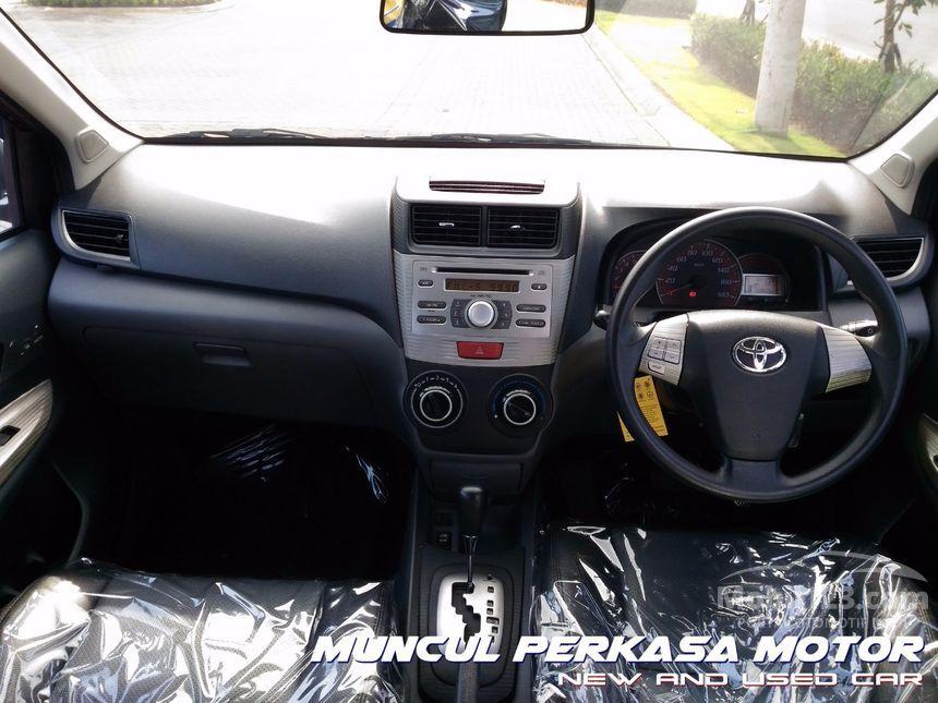 2011 Toyota Avanza Veloz MPV