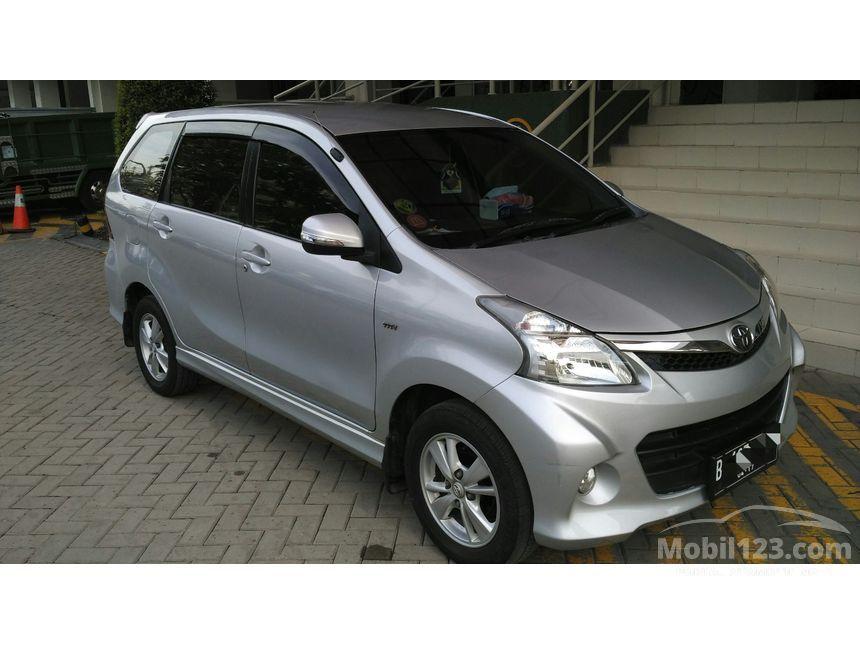 Foto Mobil Avanza Terbaru 2012