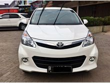 Toyota Avanza 1.5 Veloz 2013 MT white , Good condition , Service record resmi toyota