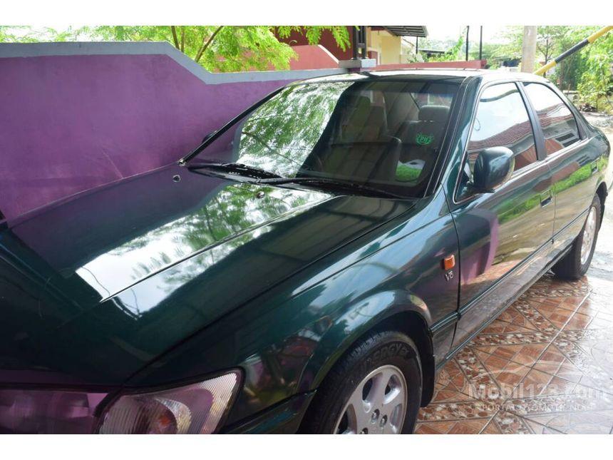 jual mobil toyota camry 2000 3 0 di dki jakarta automatic sedan hijau rp 3699945. Black Bedroom Furniture Sets. Home Design Ideas