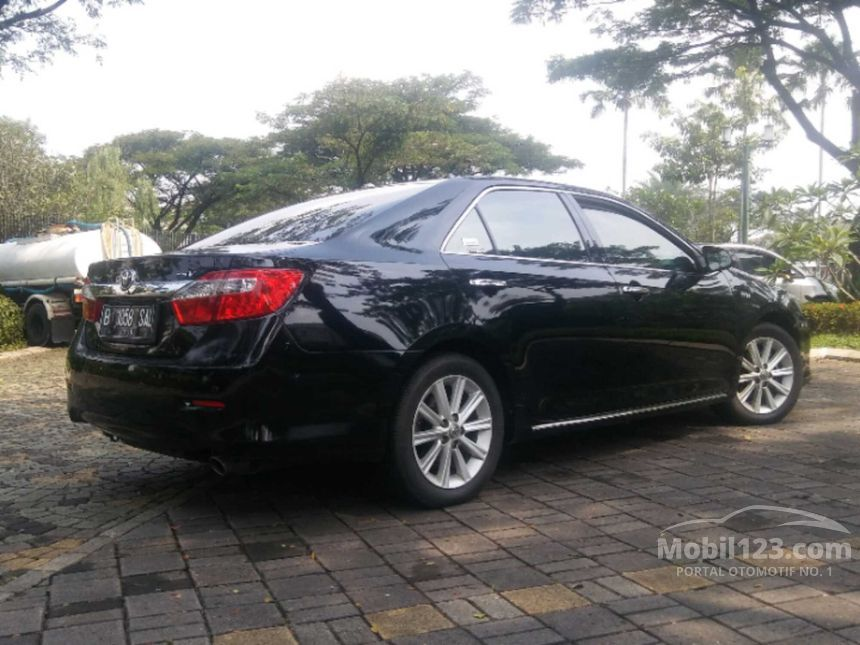toyota camry 2014 v 2 5 di banten automatic sedan hitam rp 3738544. Black Bedroom Furniture Sets. Home Design Ideas
