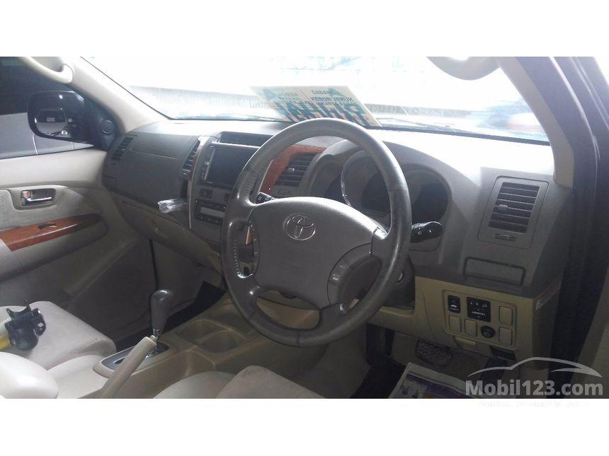 2010 Toyota Fortuner G SUV
