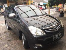 2010 Toyota Kijang Innova 2.0 G automatic bensin berkualitas  MPV Minivans