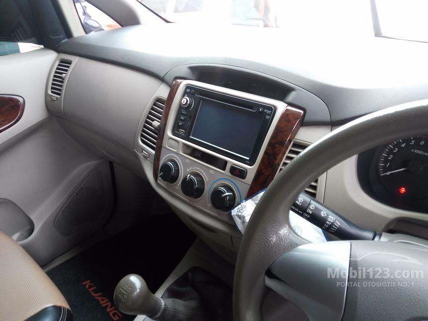 2011 Toyota Innova SUV Offroad 4WD