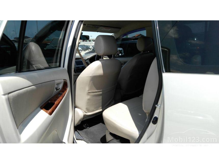 2012 Toyota Kijang Innova V MPV