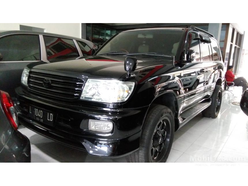 2002 Toyota Land Cruiser SUV