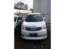 2014 Toyota NAV1 2.0 V Limited Luxury MPV