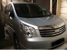 2014 Toyota NAV1 2.0 V AT  Rp. 285.000.000,- nego
