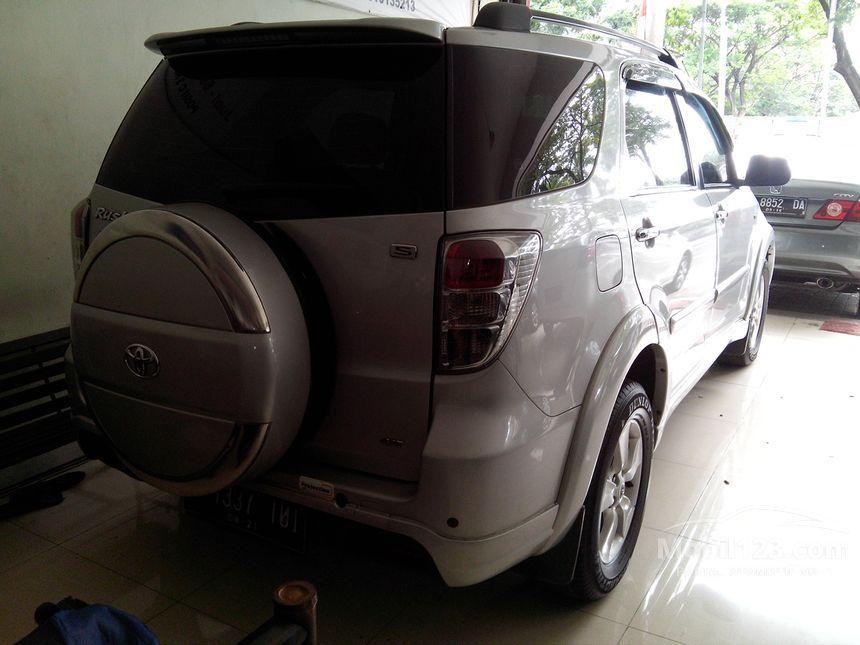 2011 Toyota Rush S SUV