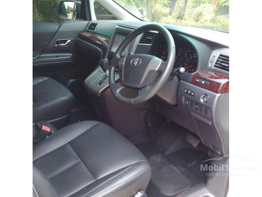 2014 Toyota Vellfire Z Van Wagon