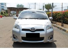 2012 Toyota Yaris 1.5 E AT Facelift Silver Good Condition