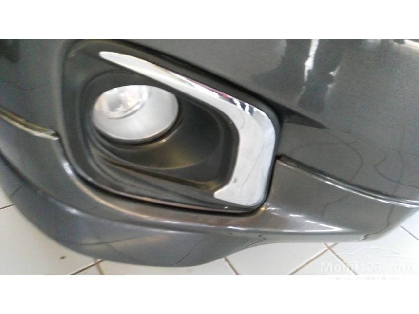 2013 Toyota Yaris E
