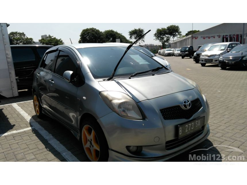 2008 Toyota Yaris S Limited Hatchback