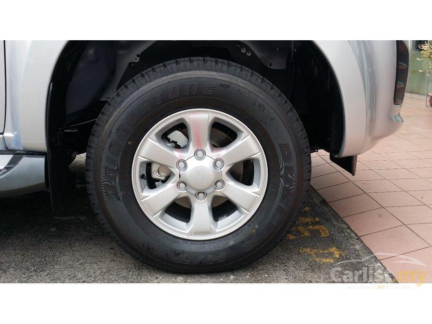 2016 Isuzu D-Max Pickup Truck