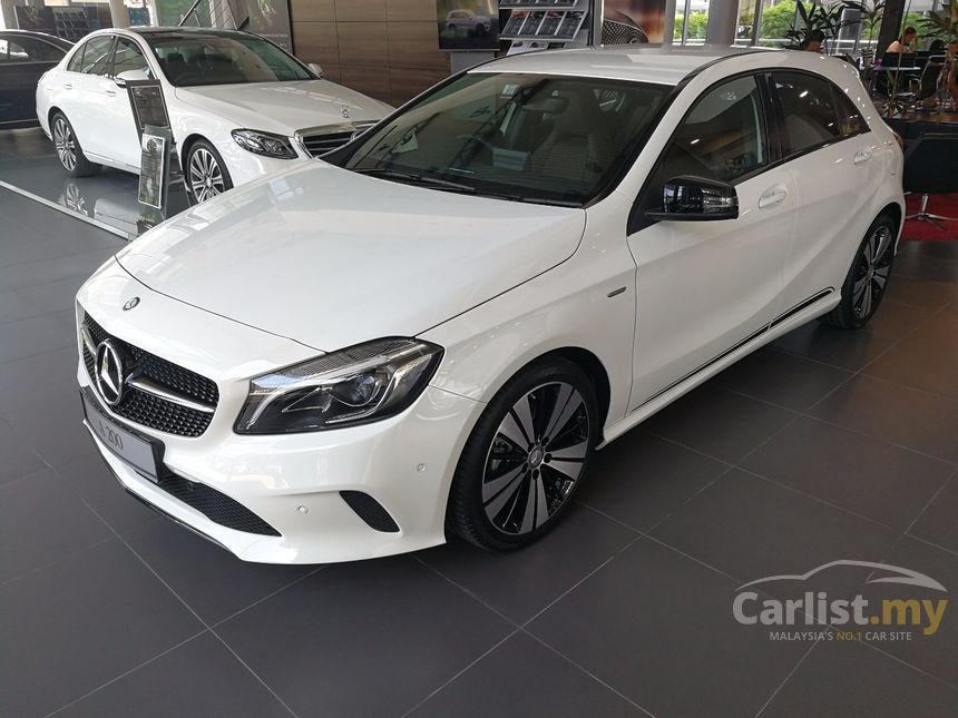Mercedes benz a200 2017 activity edition 1 6 in selangor for Mercedes benz a200