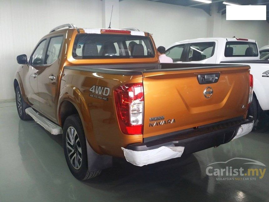 nissan navara 2017 np300 se 2 5 in kuala lumpur automatic pickup truck orange for rm 93 800. Black Bedroom Furniture Sets. Home Design Ideas