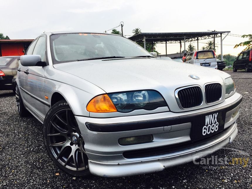 BMW 318i 2001 19 in Selangor Automatic Sedan Silver for RM 18999