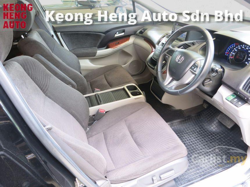2011 Honda Odyssey Absolute MPV