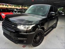 2013 Range Rover Vogue 5.0 SUV KING * ALL BLACK * AUTO SIDE STEP * SURROUND CAM * VACUUM DOOR * REAR ENTERTAINMENT * POWER BOOT *