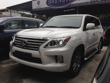 2013 Lexus LX570 5.7 SUV FULL SPEC UK UNREG RECON