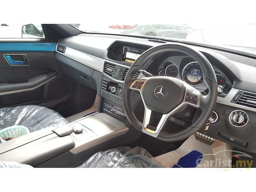 2012 Mercedes-Benz E200 CGI Sedan