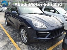 2013 Porsche Cayenne 4.8 Turbo (Brand New)