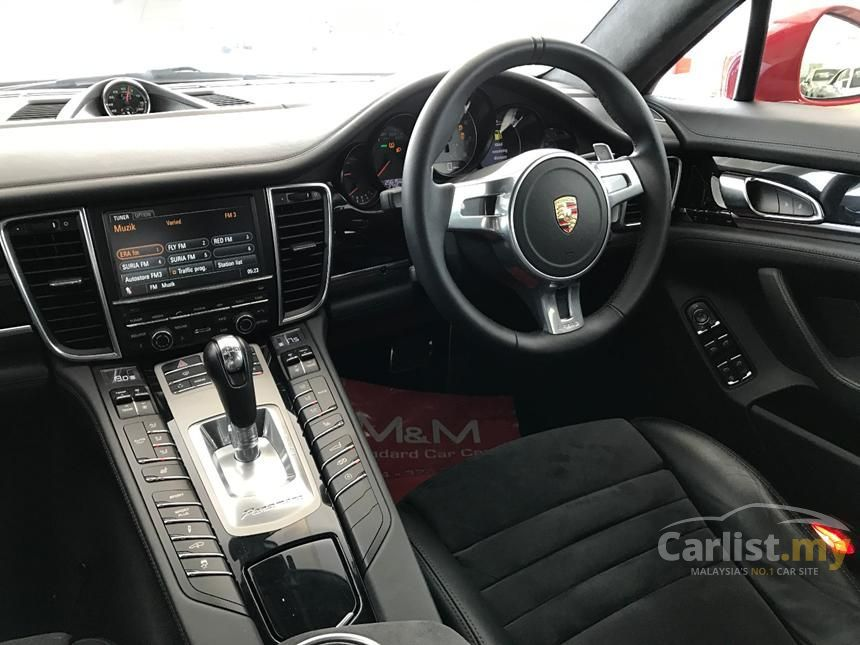 2012 Porsche Panamera GTS Hatchback