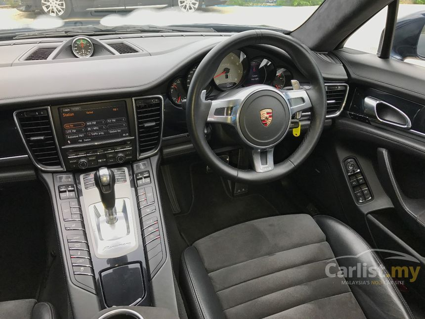 2013 Porsche Panamera Turbo Hatchback