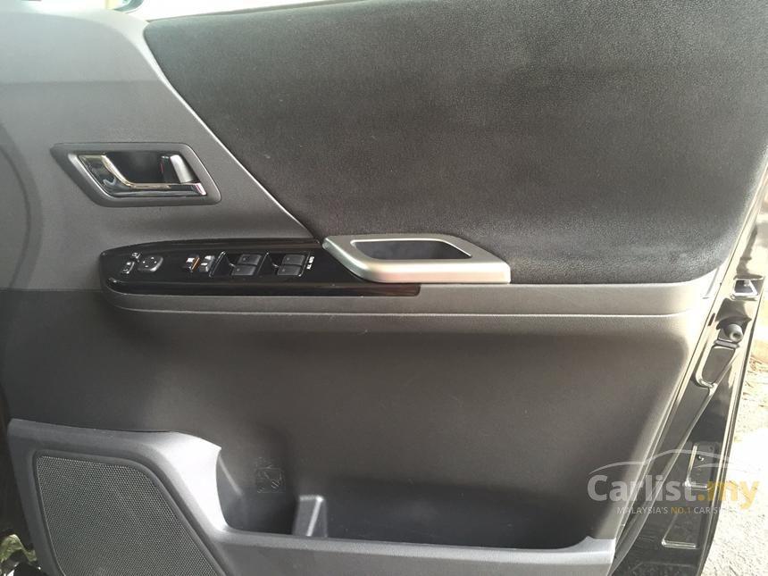 2013 Toyota Alphard G MPV