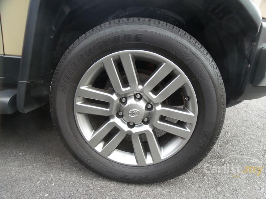 2012 Toyota FJ Cruiser SUV