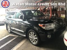 TOYOTA LAND CRUISER 4.6 ZX ACTUAL YR 2012 ,FULL SPEC,AIRMATIC,SUNROOF,LED LIGHT,HOME THEATER,MEMORY SEAT,SURROUNDING CAM,UNREG,KL AP FREE GMR WARRANTY
