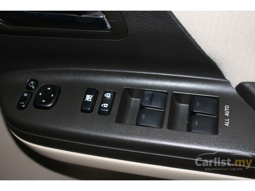 2011 Toyota Vellfire Z MPV