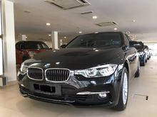2016 BMW 318i 1.5 Luxury Sedan WARRANTY 5 YEARS AND FREE SERVICE 5 YEARS