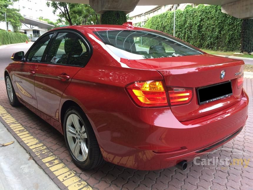 2012 BMW 320d Sport Line Sedan
