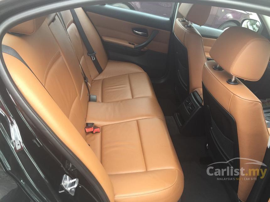 2011 BMW 320i Sports Sedan