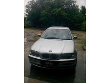 2001 BMW 325i 2.5 Sedan