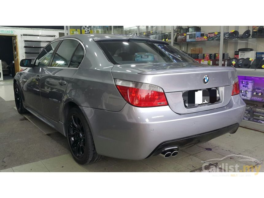 BMW 530i 2004 30 in Selangor Automatic Sedan Silver for RM 50800