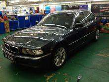 1997 BMW 728i 2.8 Sedan