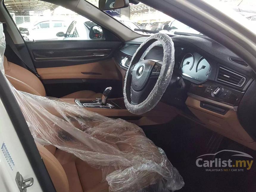 2012 BMW 730Li Sedan