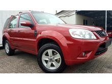 Ford Escape 2.3 XLT Facelift Sunroof Done 54,837 km with Ford Sime Darby Service Record Year Made 2011