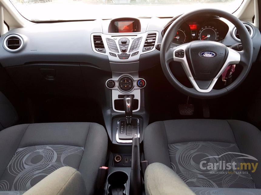 2013 Ford Fiesta LX Sedan