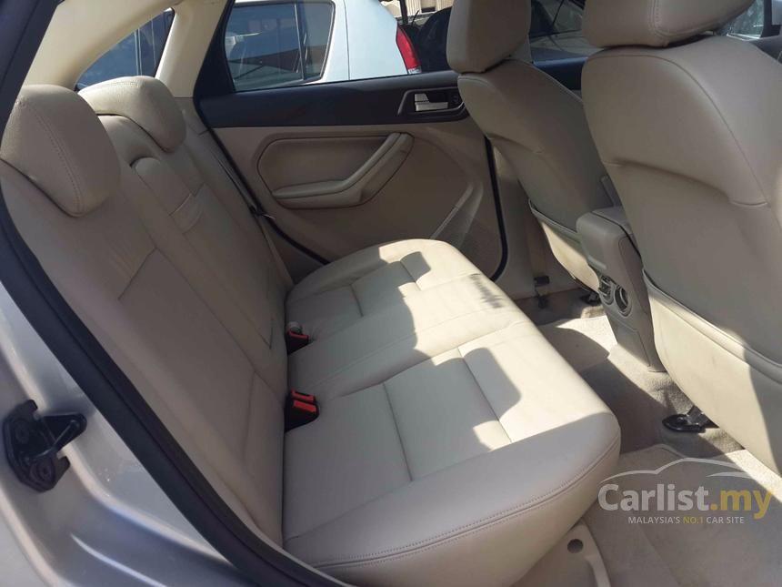 2012 Ford Focus Sport Hatchback