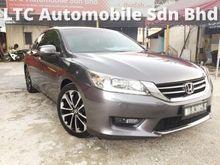 2014 Honda Accord 2.4 VTi-L Sedan 28K MILEAGE LIKE NEW CAR CONDITION  UNDER WARRANTY FULL SERVICE RECORD 1VVIP OWNER