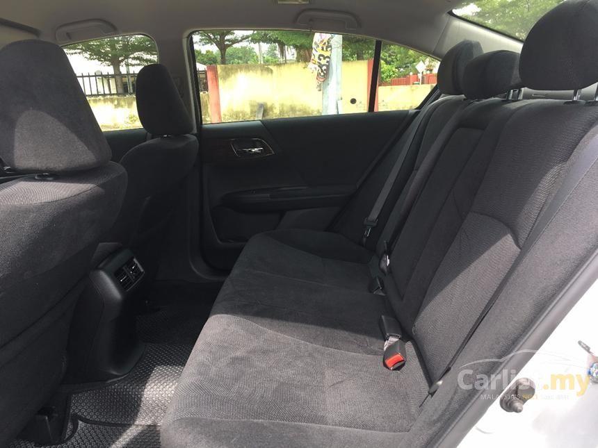 2015 Honda Accord VTi Sedan