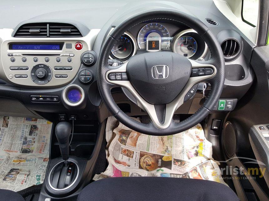 2013 Honda Jazz Hybrid