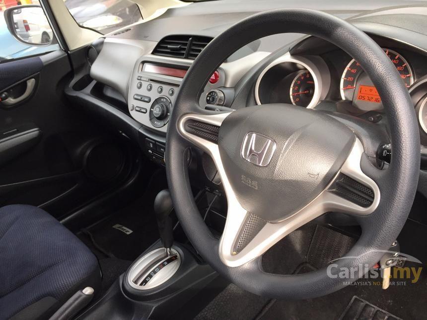 2014 Honda Jazz i-VTEC Hatchback
