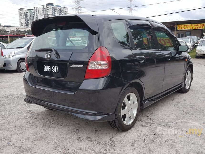 2004 Honda Jazz VTEC Hatchback