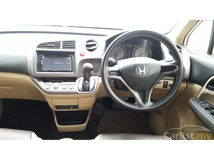 2008 Honda Stream i-VTEC MPV